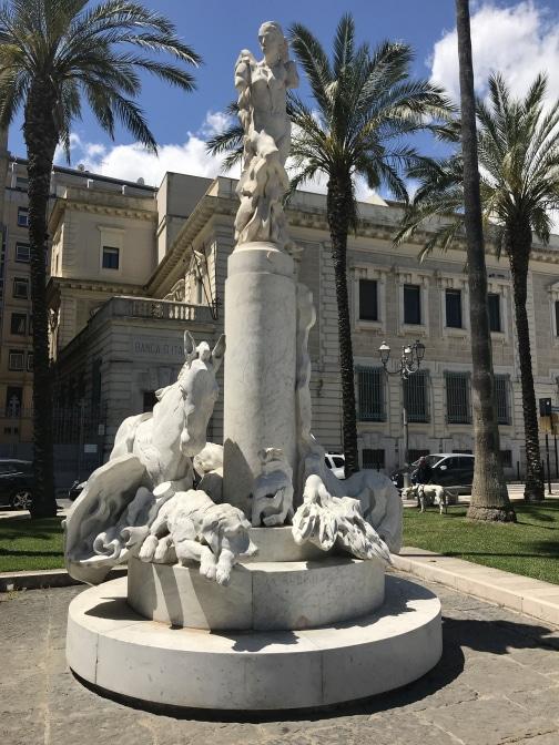 Brindisi Statue